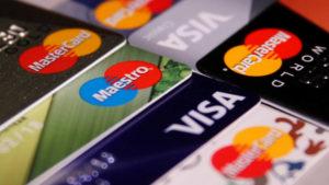 Pagamentos com 2 cartões: Comodidade para o seu cliente